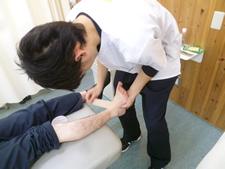 捻挫のテーピング治療