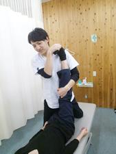 捻挫のマッサージ治療