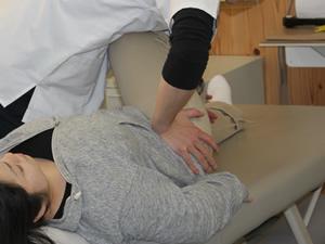 北島町の坂口鍼灸整骨院・整体院、産後骨盤矯正